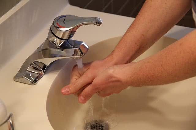 existe-forma-cientificamente-correta-de-lavar-as-maos-aprenda