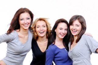Sabia que a risada pode estimular exercícios? Entenda como