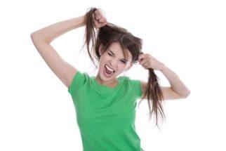 Descubra quais os 4 fatores que danificam o cabelo