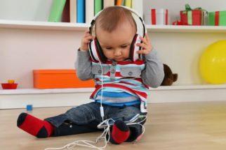 Música estimula audição e fala em crianças com implantes cocleares