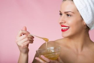Receitinhas caseira ensinam como hidratar o cabelo com mel