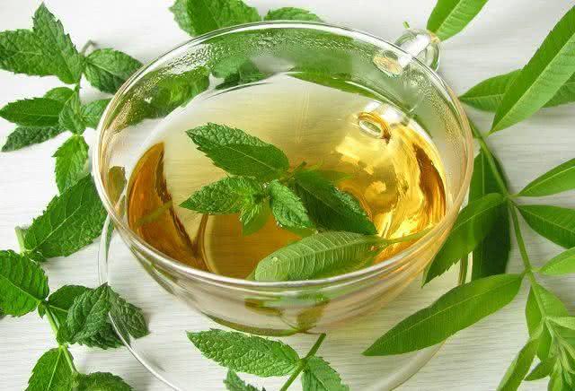 remedio-natural-para-aliviar-os-sintomas-da-labirintite