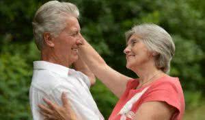 terceira-idade-danca-retarda-o-envelhecimento-e-aumentar-o-bem-estar