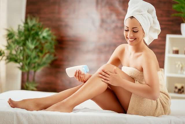 Hidratação deixa pele saudável e bonita.