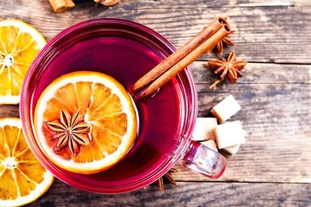 Aprenda a fazer um chá que combate gripe e resfriado