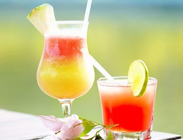 Aprenda a fazer um suco nutritivo para encarar o verão