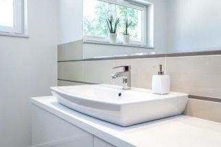 Como fazer a higienização correta da pia do banheiro