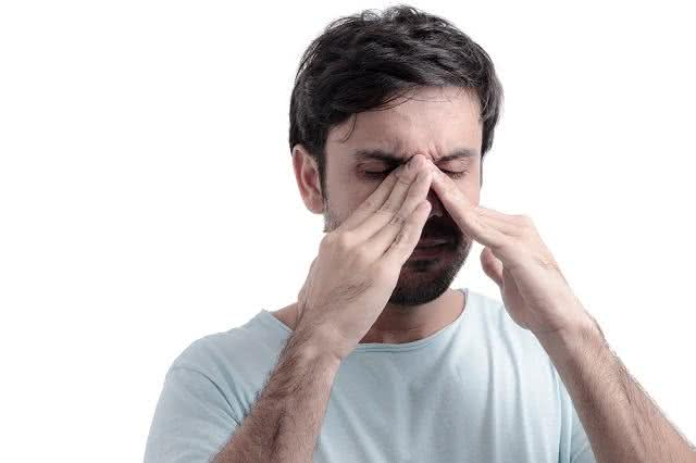 Descongestionante nasal: conheça o chá que trata sinusite e rinite