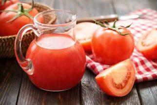 Pós-festas: aprenda a preparar um suco detox de tomate