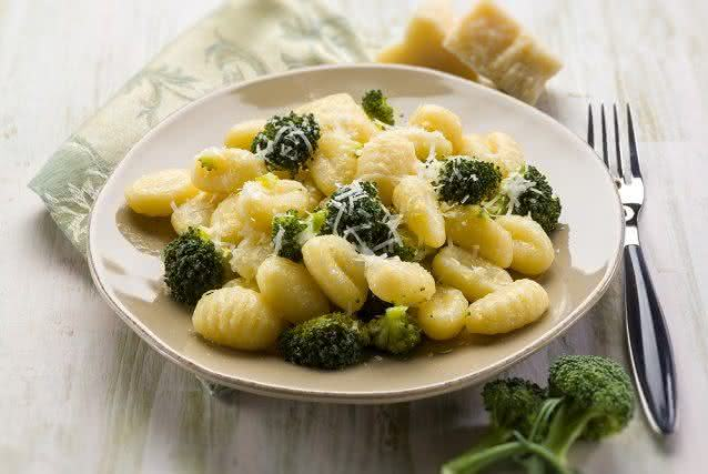 Receitinha saudável ensina a preparar nhoque de brócolis