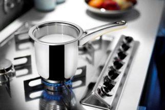 Truque ideal para evitar que o leite derrame enquanto ferve