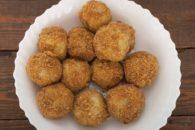 Aprenda a fazer deliciosos bolinhos de casca de batata