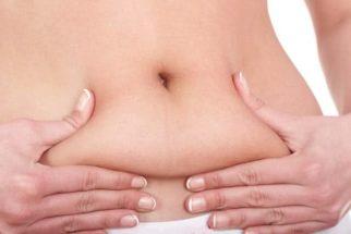 Adeus gordurinhas! Óleo natural reduz medidas da barriga, coxas e culotes