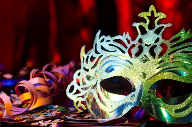 Carnaval: invista na alimentação saudável e na ingestão de líquidos