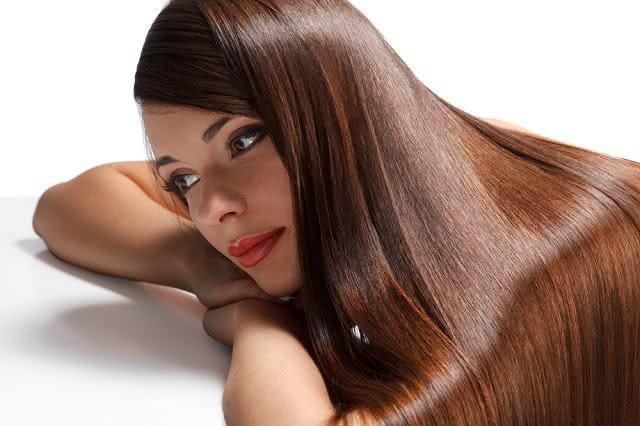 Revelada fórmula secreta para deixar o cabelo gigante. Descubra agora