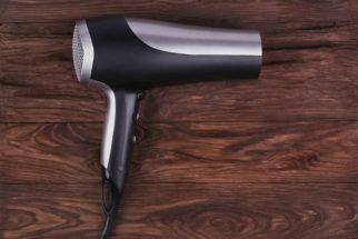 Seu secador de cabelo tem uma grande utilidade que você não sabia