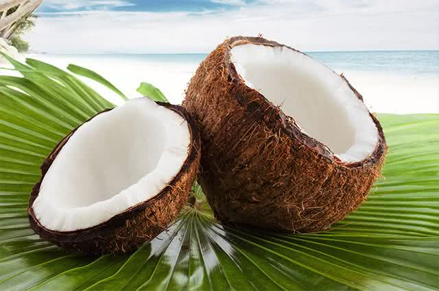 Aprenda como preparar um gostoso mousse de coco com banana