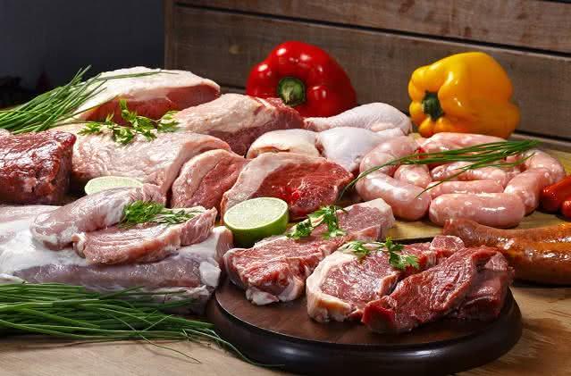 Confira os benefícios e os malefícios de comer carne