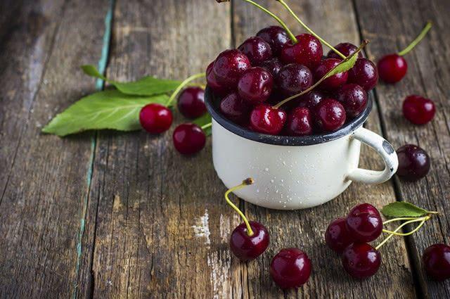 As cerejas são alternativas naturais para tratar a gota