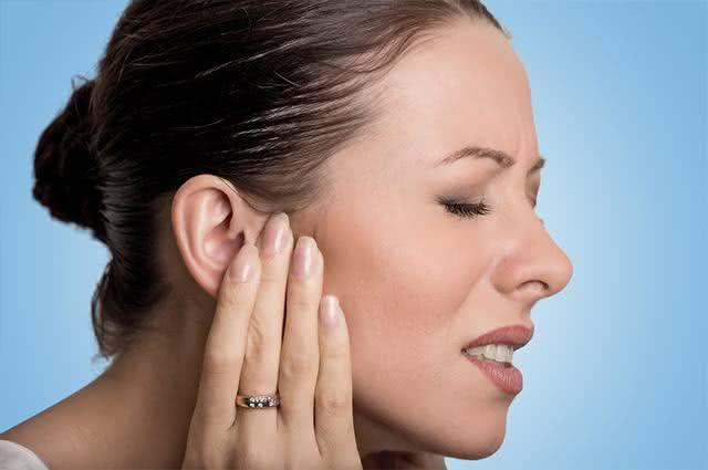 Técnica caseira: Tratamentos térmicos irão aliviar a sua dor de ouvido