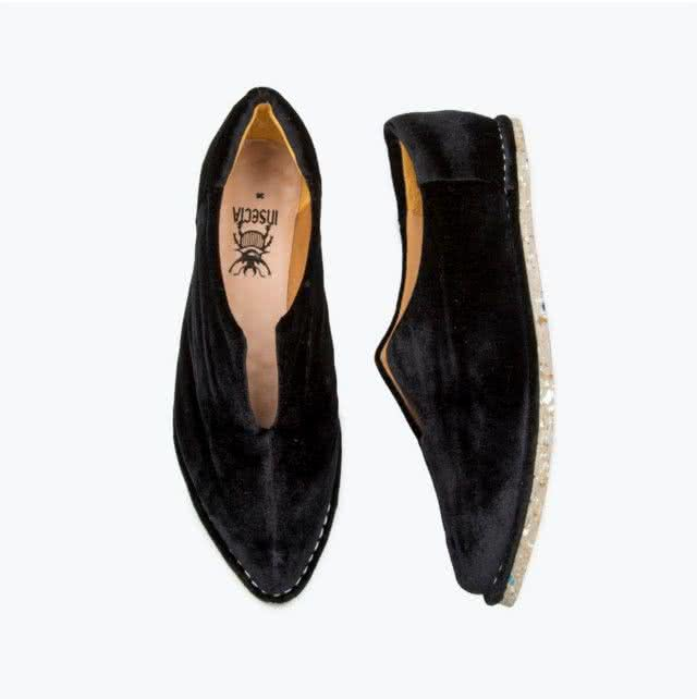 black-velvet-slipper