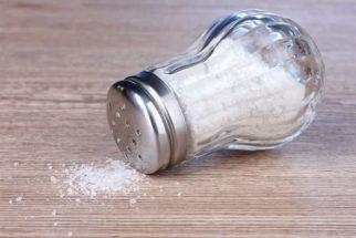 Saiba como consumir sódio de forma saudável