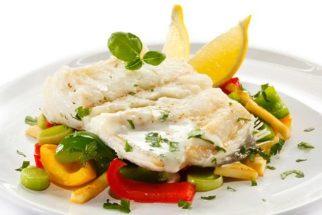 Deliciosíssima! Conheça a receita de uma nutritiva salada de bacalhau