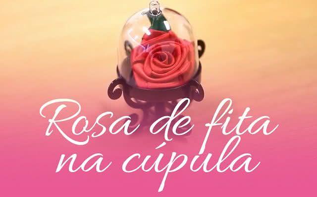 Rosa de fita na cúpula