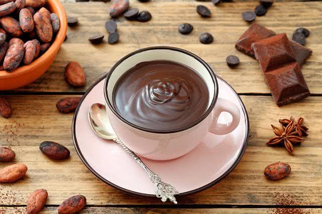 5 bebidas quentes para os dias frios do São João - Chocolate quente