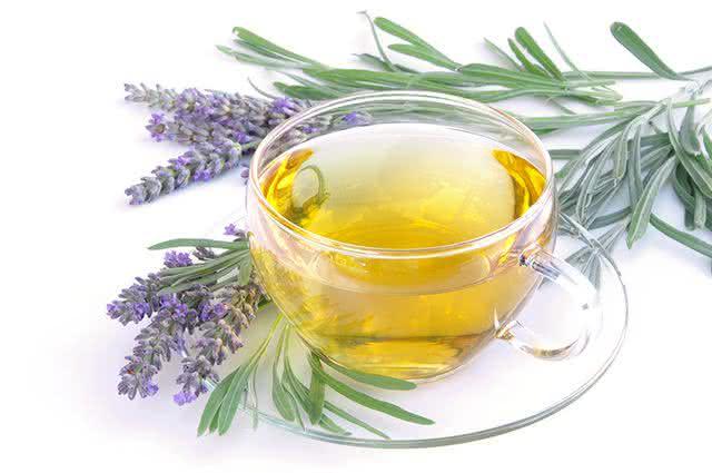 Receitas de chás para tratar enxaqueca - Chá de Alfazema