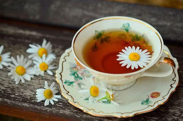 Receitas de chás para tratar enxaqueca - Chá de Camomila