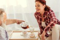 Chá de boldo ou canela: Veja qual o melhor e quando usá-los