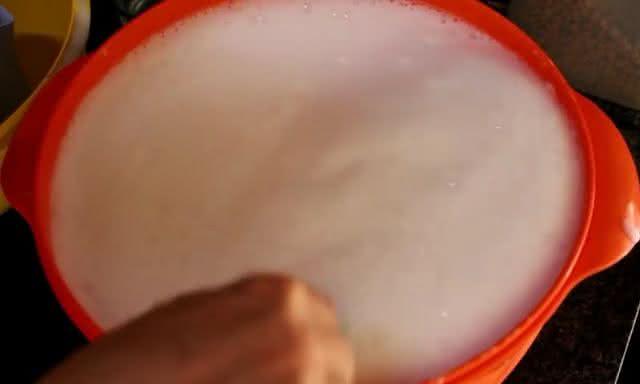 Incrível! Saiba como fazer 12 litros de sabão caseiro com apenas R$ 6