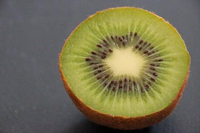 Frutas do inverno: confira quais são e seus benefícios - Kiwi