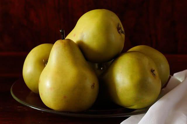 Frutas do inverno: confira quais são e seus benefícios - Pera