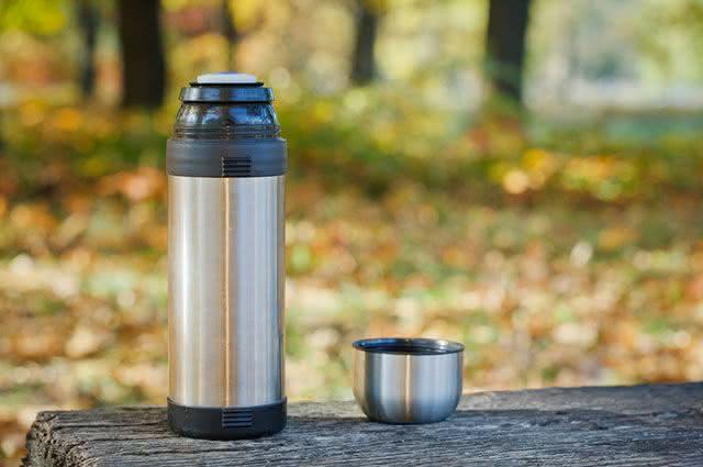 Garrafas térmicas para armazenar e conservar chás