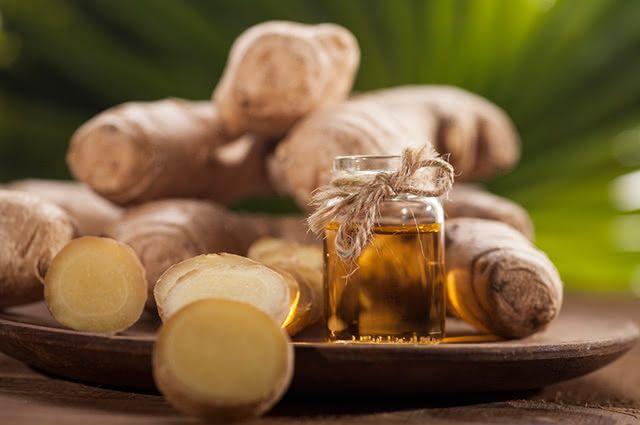 Trate dores musculares com óleo de gengibre