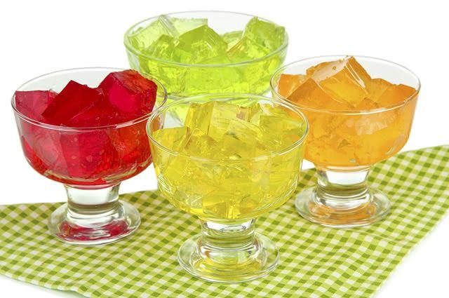 A gelatina é uma substância obtida como fruto do cozimento de determinados tecidos animais