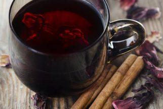 Chá de hibisco com canela: Benefícios e como fazer