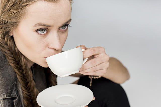 Use a casca da aroeira para fazer o chá contra corrimento vaginal