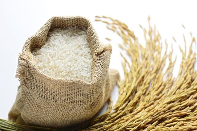 O arroz parboilizado pode ser considerado melhor que o branco
