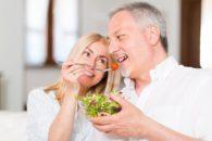 Benefícios de comer salada todos os dias