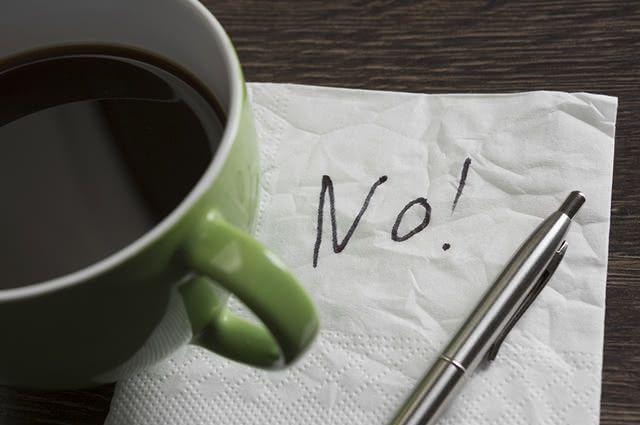 Por conter cafeína, o café é um dos alimentos que causam a enxaqueca