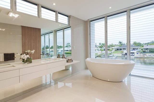 Uma forma de desencardir o piso branco é utilizando ingredientes caseiros