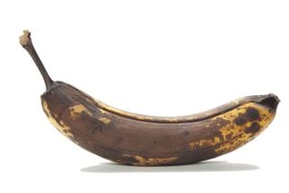 Benefícios de comer banana escura