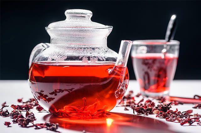 Potencialize sua perda de peso tomando chá de hibisco