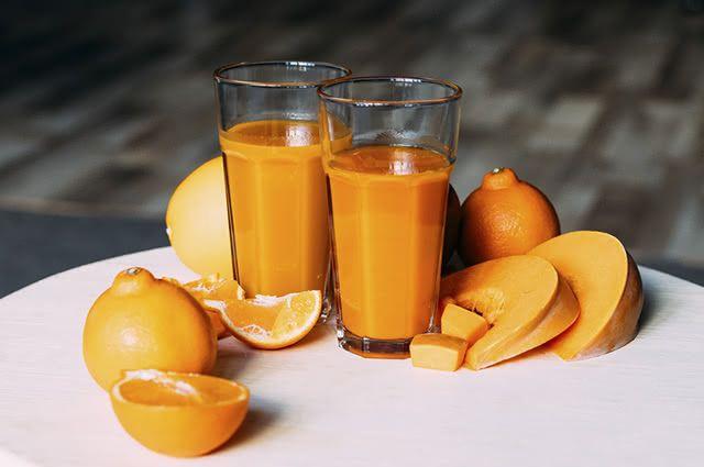 O suco de abóbora com laranja, além de fazer bem a saúde, tem sabor agradável