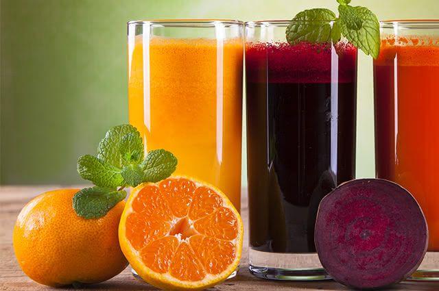 Grande aliado da saúde, o suco de beterraba com laranja é uma 'bomba' de nutrientes