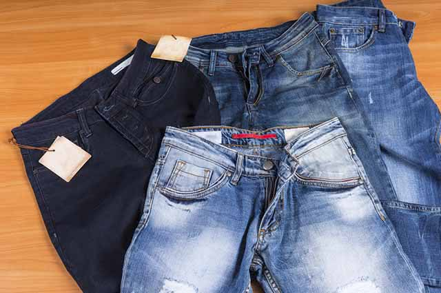 Uma dica para a roupa não desbotar é colocando-a para secar ao avesso