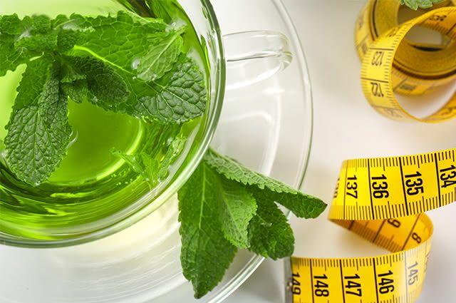 Emagreça eficazmente usando o chá de hortelã